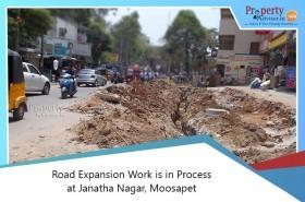 road-expansion-work-is-in-process-at-janatha-nagar-moosapet